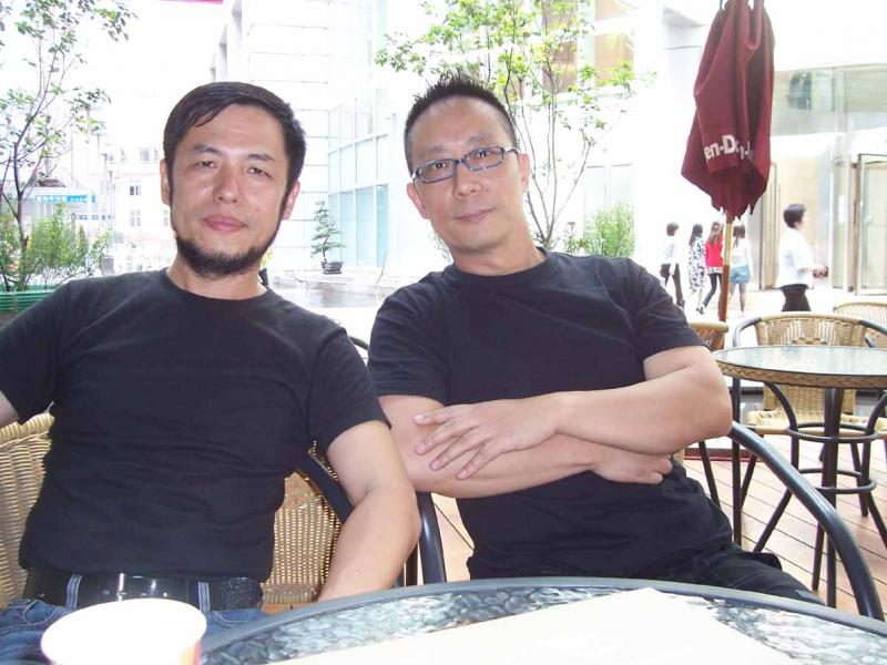 Master and Professor  Zhu An Hong  with John Chen in Shanghai, 2008